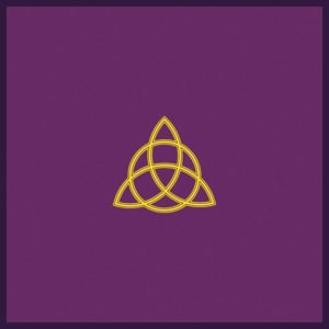 Tapis violet Triquetra