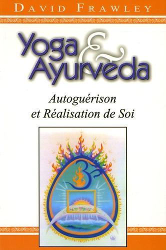 Le Yoga et l'Ayurvéda établissent ensemble une méthode complète favorisant une parfaite santé, une vitalité optimale et une conscience supérieure. Yoga & Ayurvéda nous révèle les pouvoirs secrets du corps, de la respiration, des sens, de l'esprit et des chakras. Mais, par dessus tout, il nous dévoile des méthodes transformationnelles utilisant le régime alimentaire, les plantes, les asanas, le pranayama et la méditation. C'est la première fois que paraît en Occident un livre traitant de ces deux sujets extraordinaires que sont le yoga et l'ayurvéda ainsi que de leurs relations. Cet ouvrage a le pouvoir de transformer la vie de ceux qui en appliquent les méthodes. Le Docteur David Frawley est disciple de Ramana Maharshi, grand Sage de l'Inde du Sud, depuis 1970. Il poursuit notamment les travaux de Ganapati Muni, qui fut l'un des principaux disciples de Ramana Maharshi et dont les enseignements lui ont été transmis par K. Natesan en 1991, à l'ashram de Ramana Maharshi. Les travaux de Ganapati Muni sont principalement composés de manuscrits inédits. Ceux-ci traitent à la fois des Védas et du Tantra, ainsi que de l'Ayurvéda et du Jyotish [astrologie indienne]. Le Dr Frawley a également suivi les enseignements de Sri Aurobindo, par l'intermédiaire de ses nombreuses années de collaboration avec M.P. Pandit. Il a suivi plusieurs approches de Sri Aurobindo dans ses travaux journalistiques et sociaux se rapportant à l'Inde antique et contemporaine. Le travail et l'enseignement du Dr David Frawley sont déjà très connus et réputés dans les pays anglophones, [Etats-Unis, Canada, Royaume-Uni, Inde ...] où sont publiés un grand nombre de ses ouvrages.